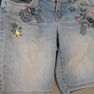 Denim Bermuda shorts with Peace and Love print